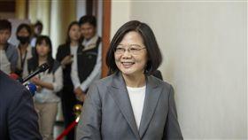 蔡英文總統6日上午出席「第49屆『亞洲太平洋國會議員聯合會』(APPU)開幕典禮」後受訪。(圖/總統府提供)