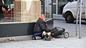 乞丐,行乞,乞討,遊民(圖/翻攝自pixabay)