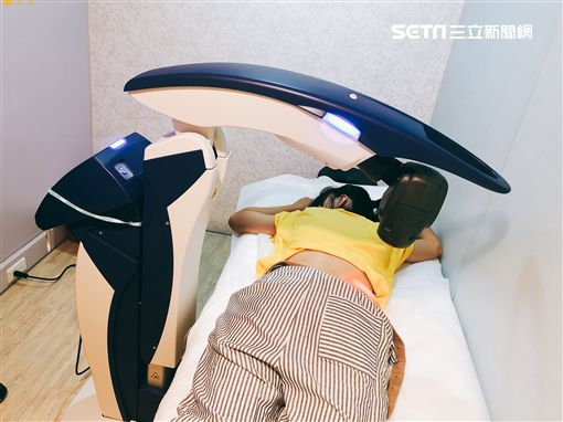 雷射除痛機器人(樂力適診所提供) ID-2060336