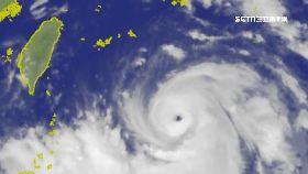 NASA颱強雨1800