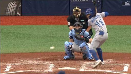 ▲波畢謝特(Bo Bichette)連8場敲出二壘安打,創下藍鳥隊史紀錄。(圖/翻攝自MLB官網)