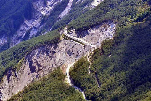 莫拉克,10周年,摧毀南橫公路,觀光業,黑暗期(圖/中央社)