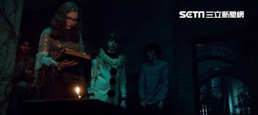 《在黑暗中說的鬼故事》catchplay提供