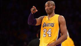 NBA/必看!科比老大親自教得分 NBA,洛杉磯湖人,Kobe Bryant,曼巴學院,得分 翻攝自推特