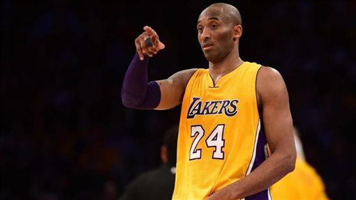 NBA/必看!科比老大親自教得分NBA,洛杉磯湖人,Kobe Bryant,曼巴學院,得分翻攝自推特