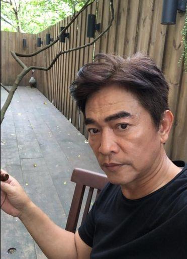 吳宗憲臉書、連千毅直播