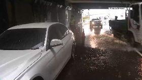 台中爆雨淹1200