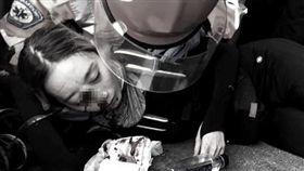 反送中/港女右眼中彈!妹妹淚崩「確定毀容恐失明」 反送中 香港 右眼 中彈 失明 圖/翻攝自推特