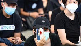 香港機場,癱瘓,示威,群眾,聚集(法新社提供)