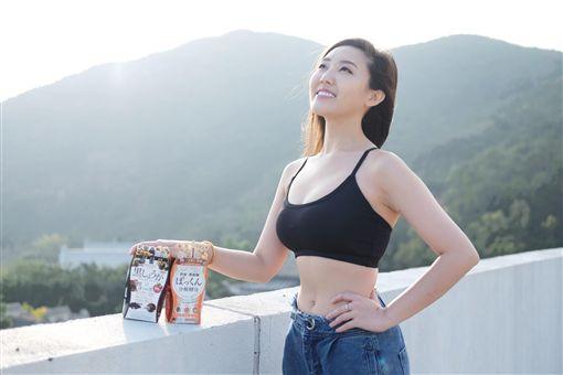 反送中/一個一個被消失!香港女神「轟警暴力」全被炒(圖/翻攝自臉書)