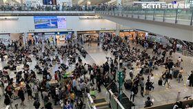 反送中/示威民眾聚集!香港機場「黑潮湧現」再度癱瘓(圖/民眾提供)