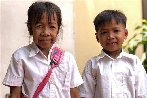 柬埔寨,女童,Bo Rakching(圖/翻攝自推特)