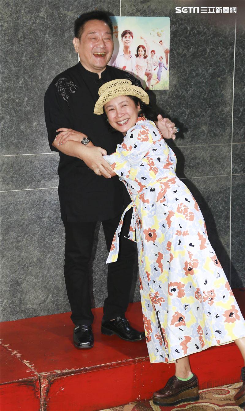 台灣好戲《天之蕉子》殺青酒,林義芳、謝麗金。(圖/記者林士傑攝影)