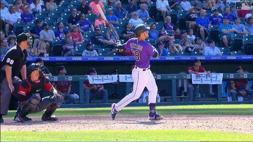 ▲亞瑞納多(Nolan Arenado)擊出再見全壘打。(圖/翻攝自MLB官網)