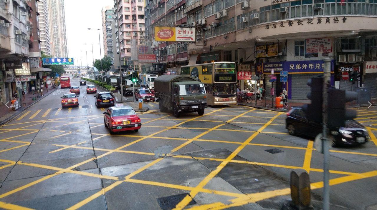 0815解放軍疑似進駐香港(圖/翻攝自香港LIHKG連登論壇)
