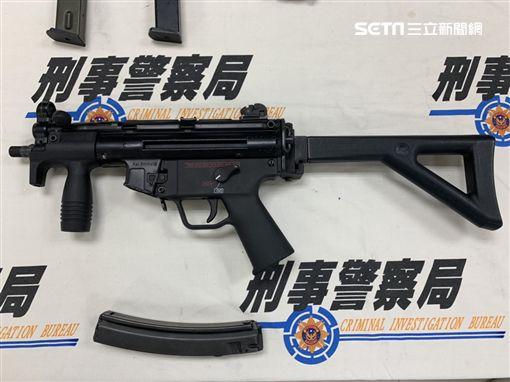 台北,刑事局,軍火工廠,改造槍枝,槍砲彈藥刀械管制條例,售後服務。記者呂品逸攝