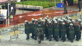 最新畫面曝光!武警深圳集結 到港僅需十分鐘(圖/AP授權)