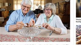 美國,結婚,蛋糕,夫妻,冷凍 https://nypost.com/2019/08/14/this-couple-has-been-eating-their-wedding-cake-for-nearly-50-years/