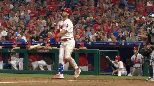 ▲哈波(Bryce Harper)連3場開轟,近9戰敲7轟。(圖/翻攝自MLB官網)
