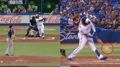 ▲小葛雷諾(Vladimir Guerrero Jr.)把比膝蓋還低的球敲成全壘打。(圖/翻攝自MLB官網)
