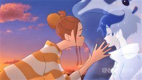 日本動畫電影「乘浪之約」正在全台熱映中,描述消防員與愛衝浪的開朗女孩間的浪漫戀曲,本片還請到人氣偶像片寄涼太首度為動畫獻聲配音。(双喜電影提供)中央社