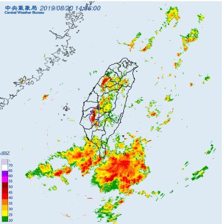 大雷雨特報,氣象局,下雨,中南部,淹水(圖/中央氣象局)