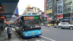 基隆市,公車,虧損,林右昌,民營化(圖/中央社)