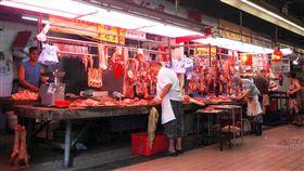 香港活豬價格創新高  將近台灣3.5倍香港活豬拍賣價格20日再創新高,每100台斤已來到港幣4254元,將近台灣的3.5倍;傳統市場零售價每斤飆破港幣100元(約新台幣400元),生意大受衝擊。(中通社資料照片)中央社  108年8月21日