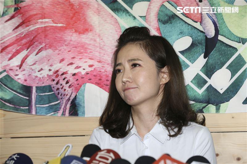 謝忻在偷忻案後首次面對媒體。(圖/記者林士傑攝影)