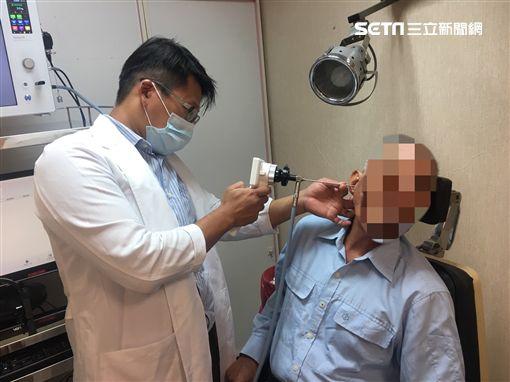 耳朵流膿…他右耳突聽不見!耳道塞滿菜花 竟是理髮店害的圖/衛福部南投醫院提供