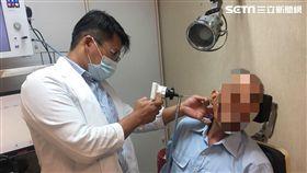 耳朵流膿…他右耳突聽不見!耳道塞滿菜花 竟是理髮店害的 圖/衛福部南投醫院提供