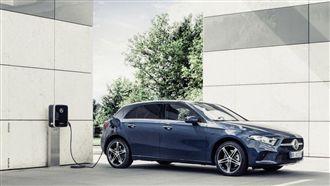 EQ品牌增新血 賓士小車推出2車型