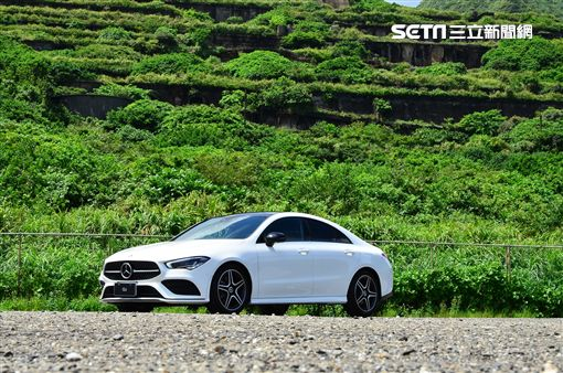 ▲Mercedes-Benz CLA200。(圖/鍾釗榛攝影)