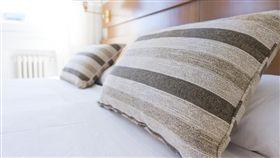 枕頭、抱枕/pixabay
