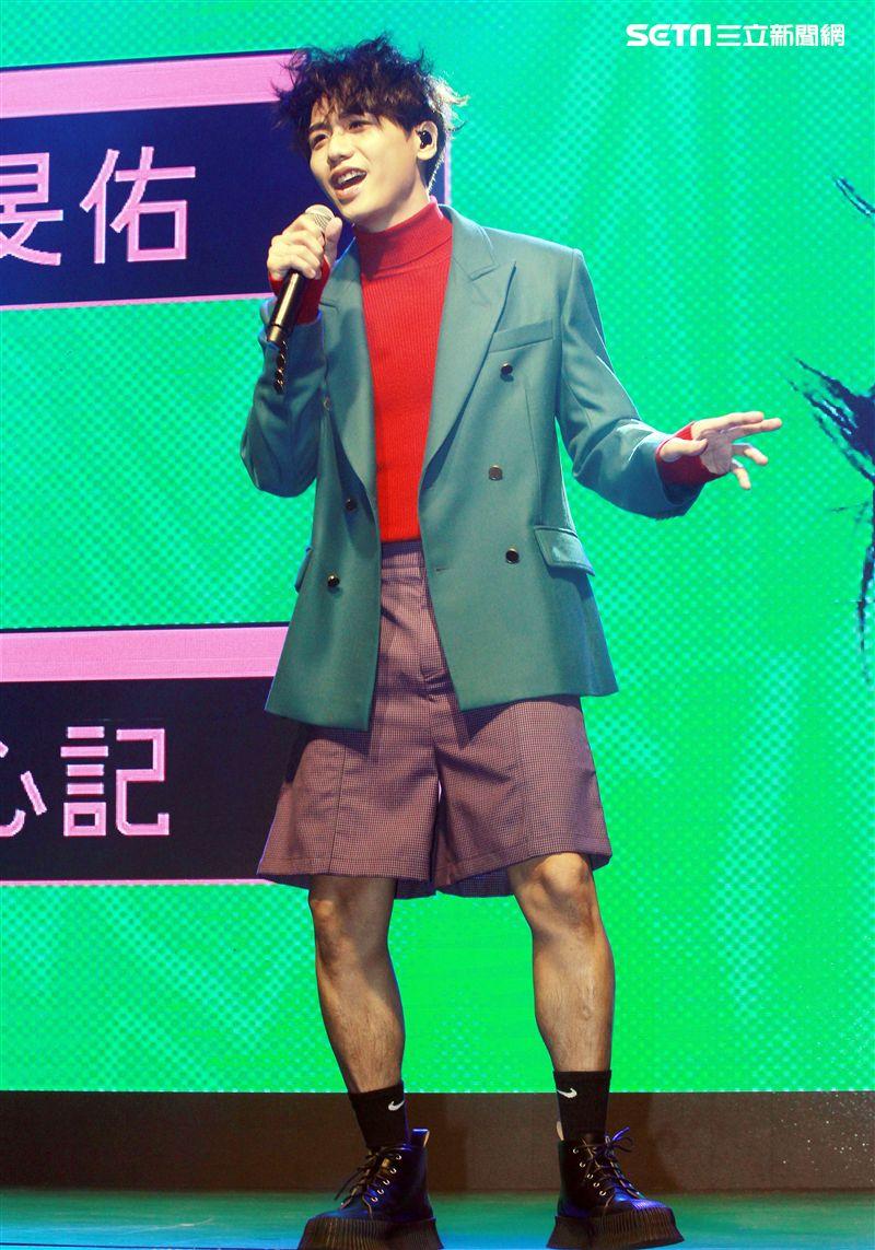 蔡旻佑推出第六號作品「變心記」。(記者邱榮吉/攝影)