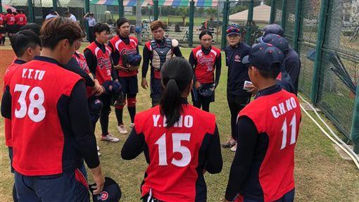 中華女壘備戰東京奧運。(圖/教育部體育署提供)