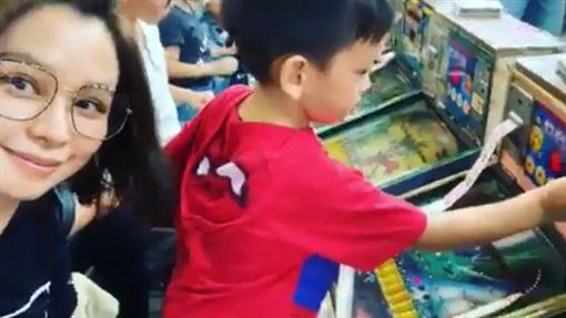 徐若瑄https://www.instagram.com/p/ByK7xztJztT/