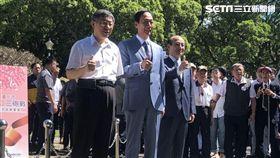 ▲柯文哲、郭台銘、王金平,三人同框「823紀念音樂會」。(圖/記者林恩如攝影)