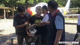 郭柯王合體 民眾抗議 記者林恩如攝