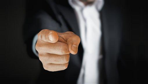 公然侮辱,罵,怒罵,指責,憤怒,嗆,嗆聲,不爽。翻攝自pixabay網站