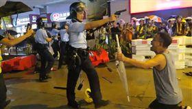 香港,反送中,汽油彈,水炮車,荃葵青(圖/翻攝自立場新聞)