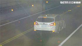 基福公路飆時速192 不管他人死活的車主吞24K罰單(圖/翻攝畫面)