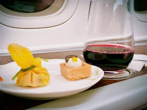 長榮飛LA商務艙 飛機餐