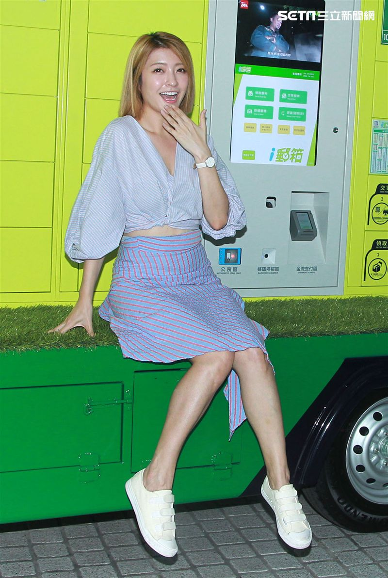 孟澔、網紅蓓蓓一起出席郵箱活動推廣大使。(記者邱榮吉/攝影)