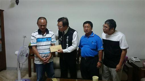 台南,摔車,死亡,救助金捐出,大愛(圖/台南市政府提供)中央社
