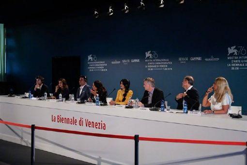 完美候選人 威尼斯影展 微博
