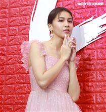 曾沛慈出席品牌化妝品發表會。(記者邱榮吉/攝影)