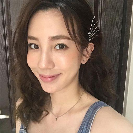 張艾亞/張愛雅/零修圖/美顏濾鏡/臉書