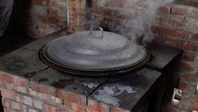 灶台,洗澡,熱水,阿嬤(翻攝自臉書)