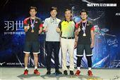 美津濃簽約羽球選手黃金搭擋塞蒂亞萬(Hendra Setiawan)與阿赫桑(Mohammad Ahsan)獲得世界羽球男子雙打最高排名第一位,來台和球迷們近距離接觸。(記者邱榮吉/攝影)